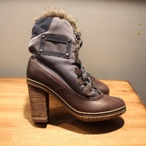 Pajar Heeled Winter boots, Size 5-5.5 EUC leather